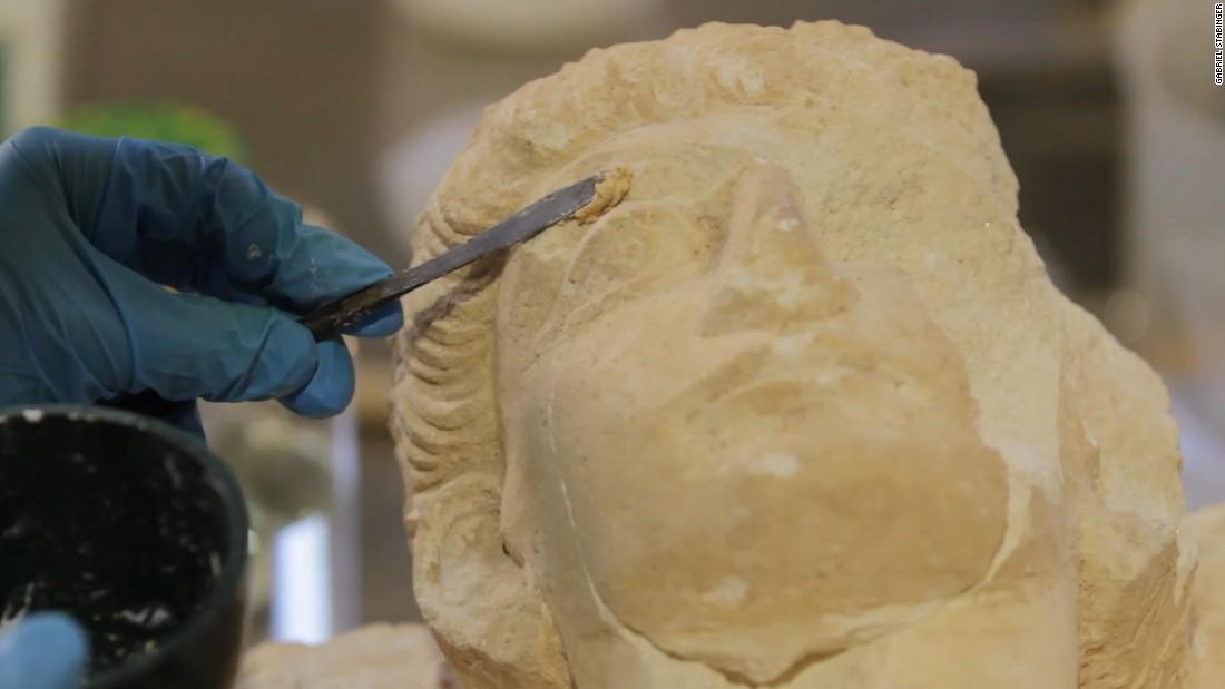 Italian experts restore Palmyra treasures