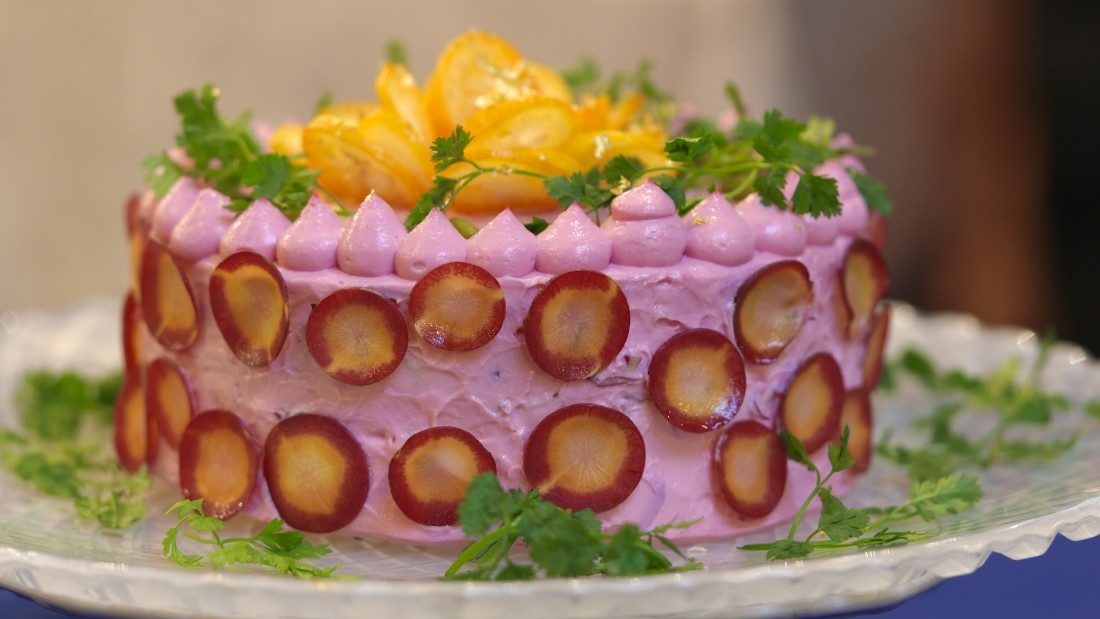 These salad cakes are made with vegetables