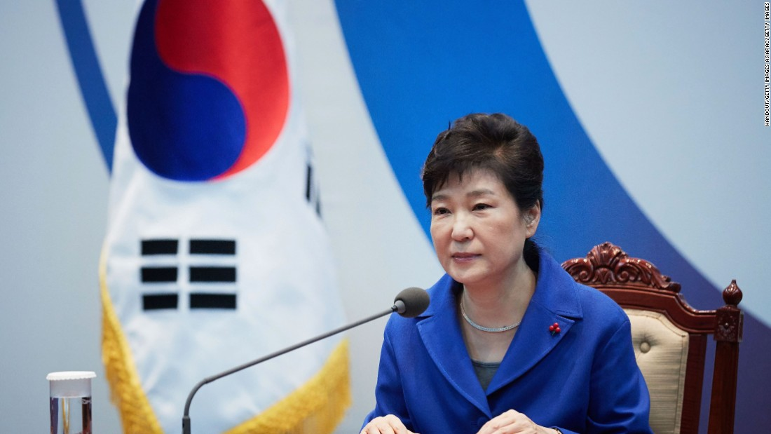 Impeached President Park to meet with prosecutors