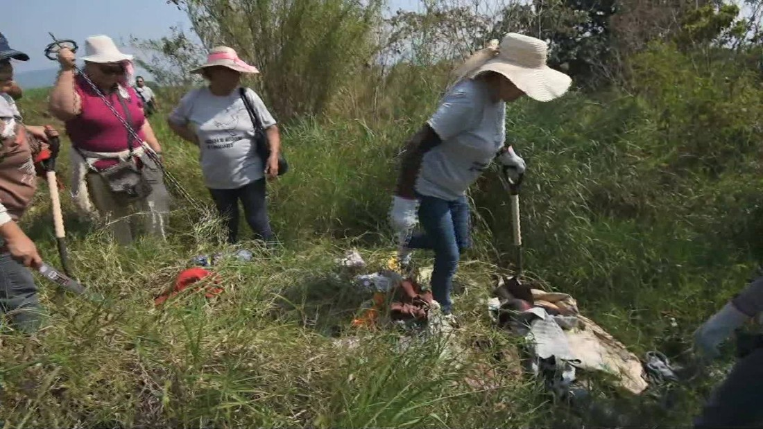 More than 250 human skulls found in Mexico