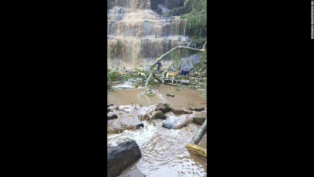 Freak accident at Ghana waterfall kills 18
