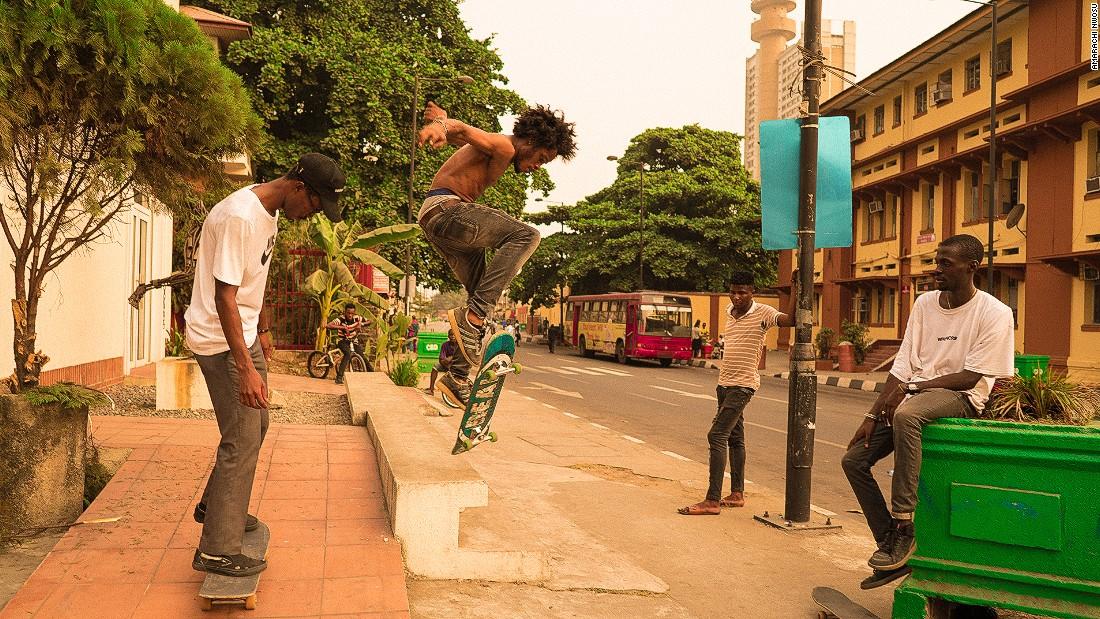 Skateboarding in an African megacity