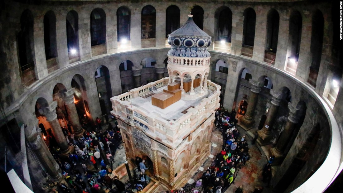 Jesus tomb site re-opens after restoration