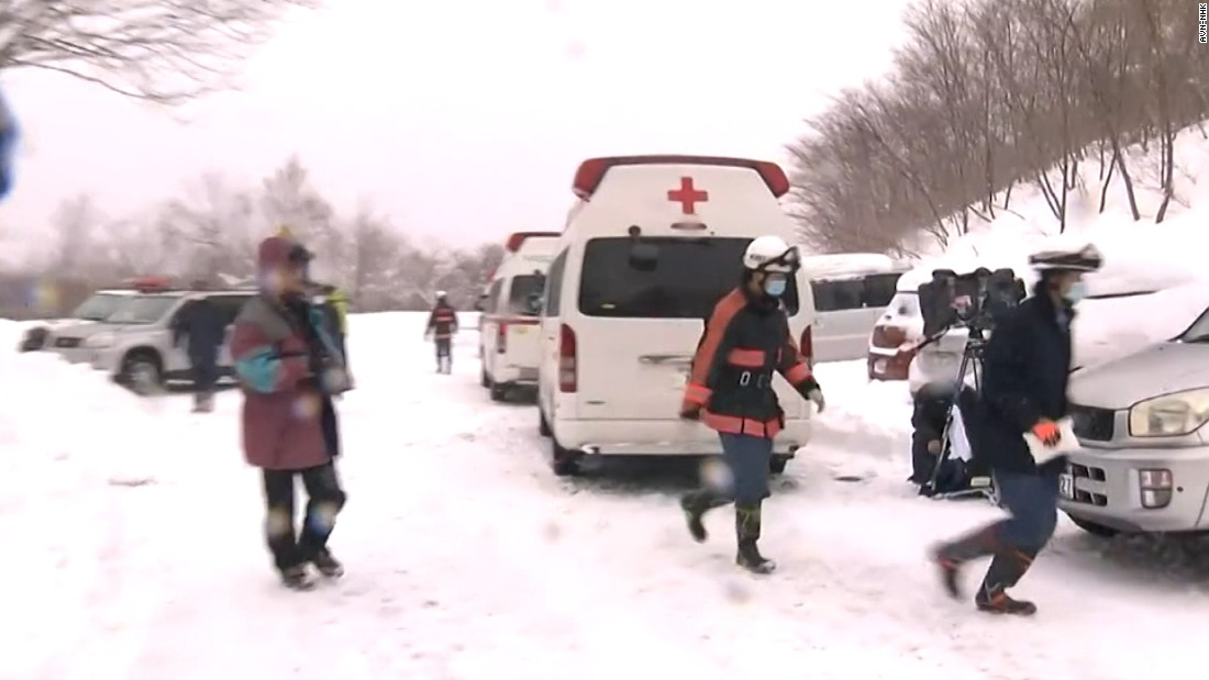 7 students, teacher killed in Japan avalanche