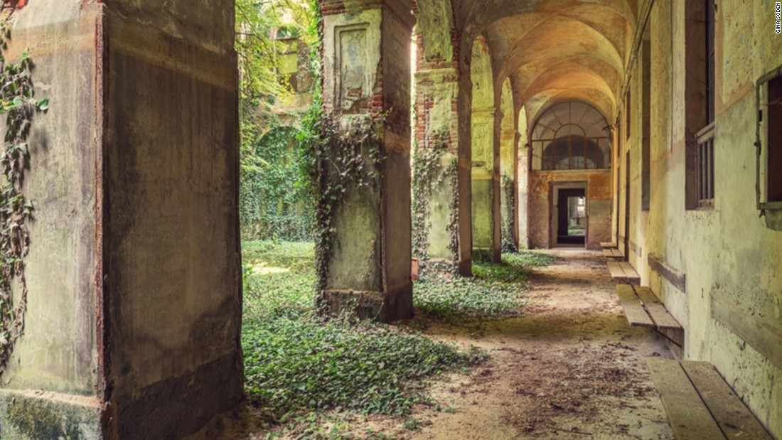 Photographer capturesbeauty of Europe's abandoned buildings