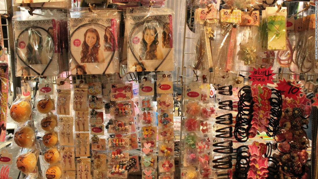 Best Hong Kong souvenirs and where to get them