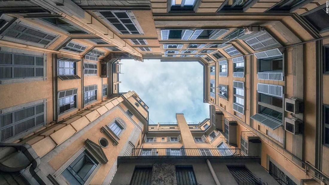 Photographer captures Italy's hidden courtyards