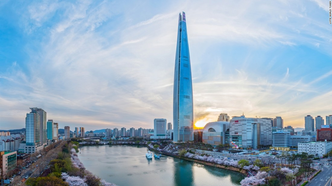 Record-setting tower opens in Seoul