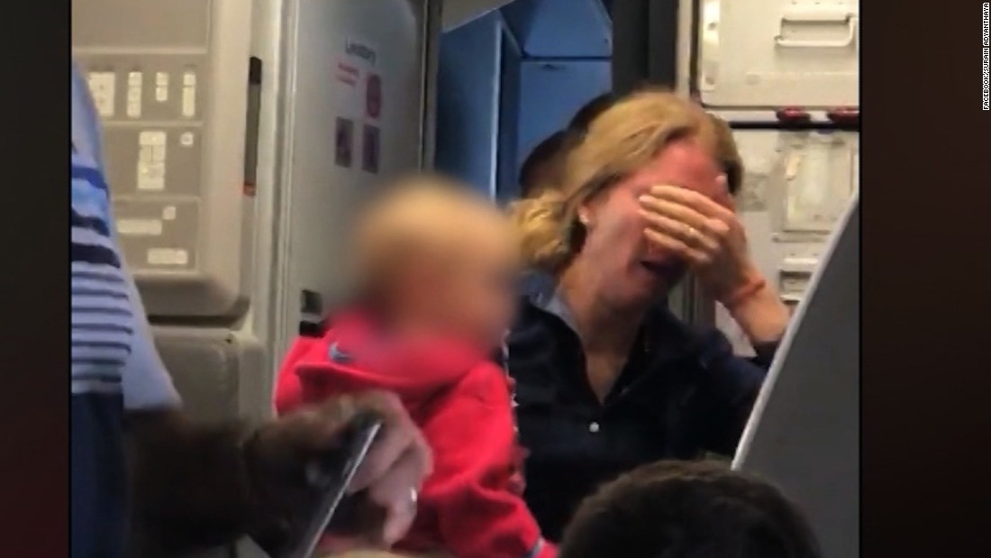 Passengers: Mom cries on plane after airline takes stroller