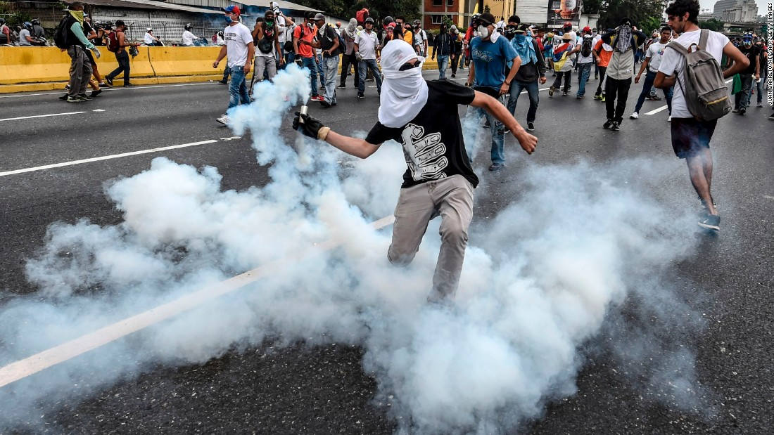 Opinion: What the world needs to do about Venezuela