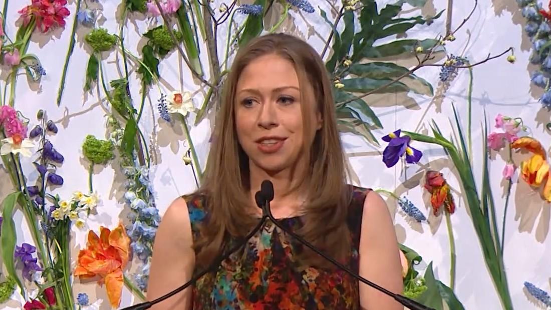 Chelsea Clinton fires back at 'SNL' star's awkward joke
