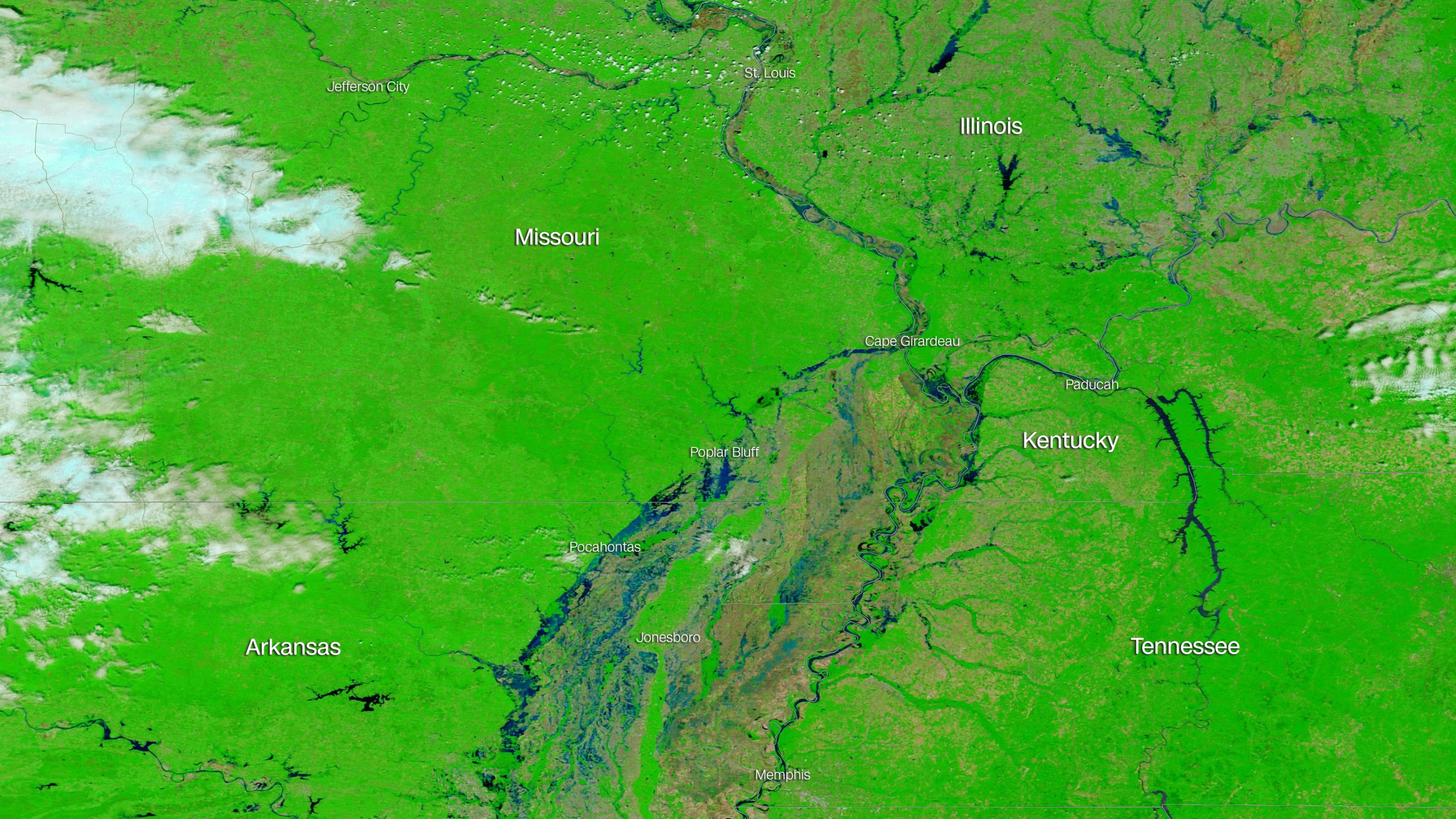 Mississippi River cresting in flood-hit Illinois, southern Missouri ...