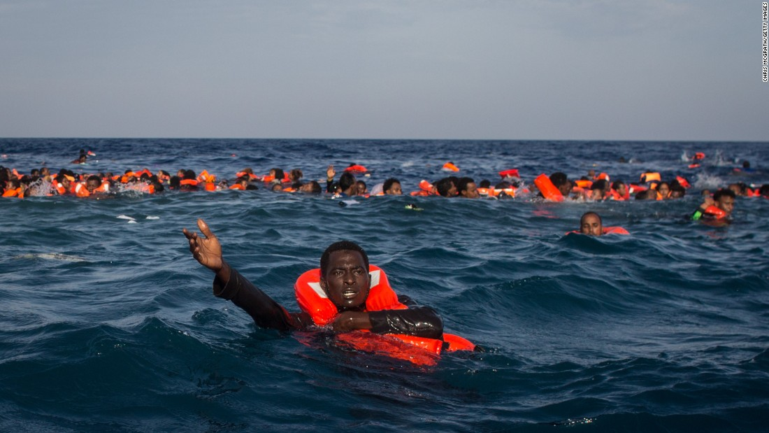France will set up refugee 'hot spots' in Libya