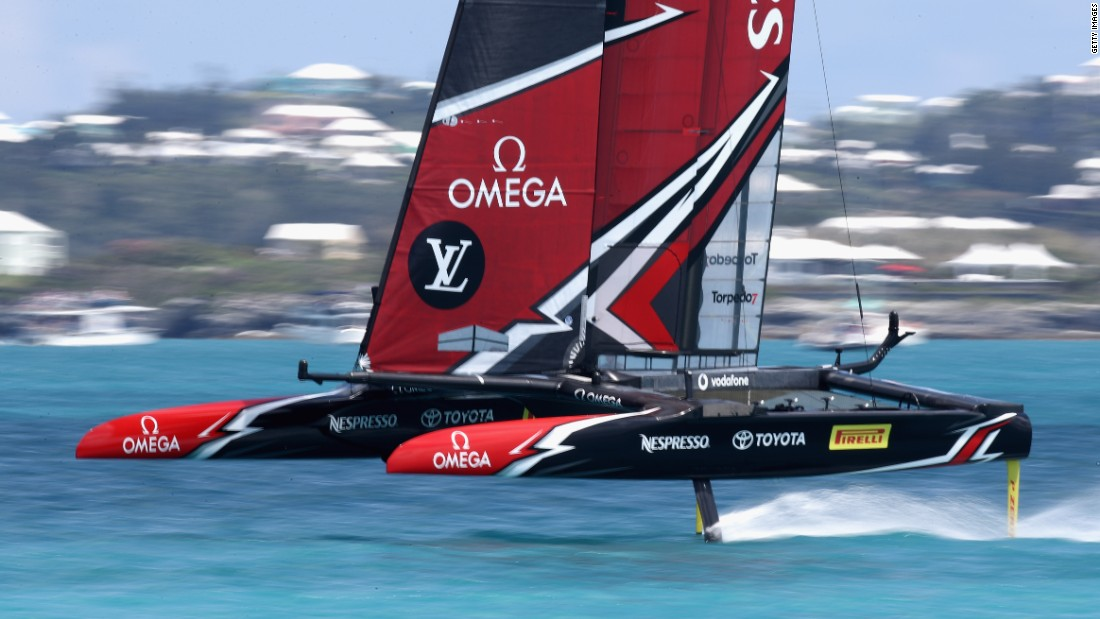 America's Cup: Team New Zealand dominate USA in Bermuda
