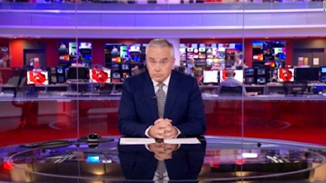 Twitter reacts to BBC News technical error