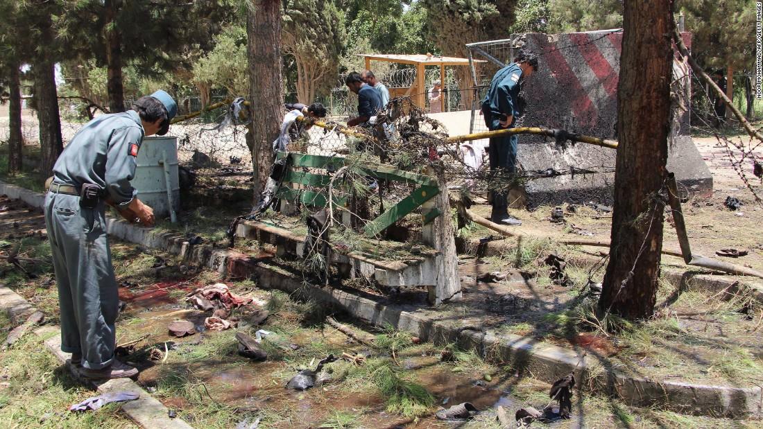 Car bomb kills 25 people outside Afghanistan bank