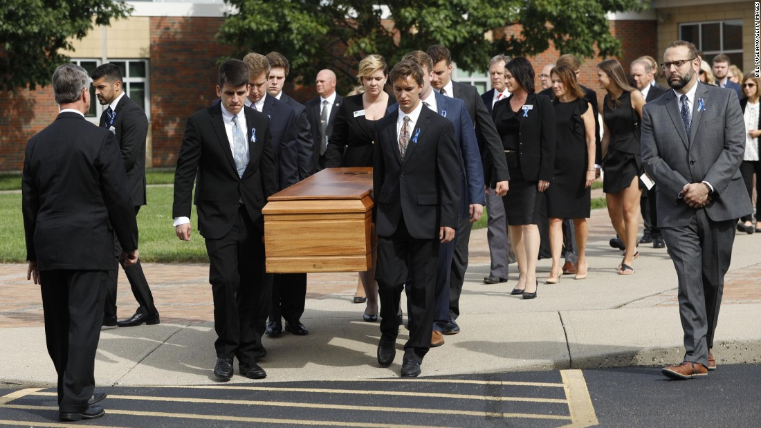Warmbier funeral: 2,500 celebrate kid who would've 'set the world on fire'