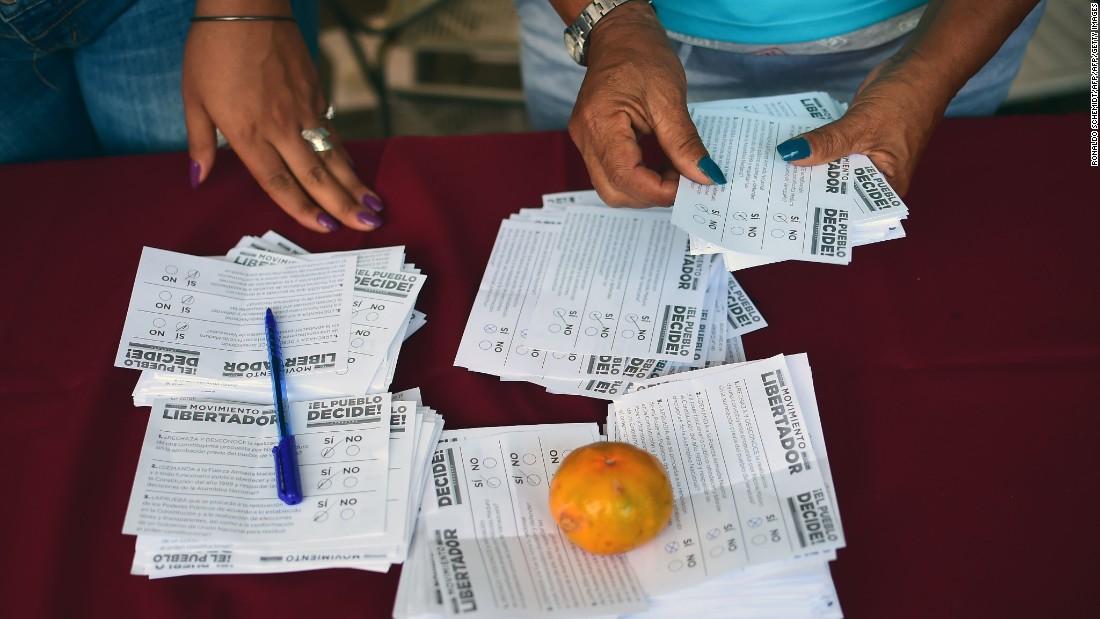 Venezuelans reject constitutional rewrite in non-binding referendum