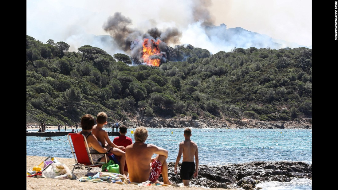 Forest fires rage in southern France