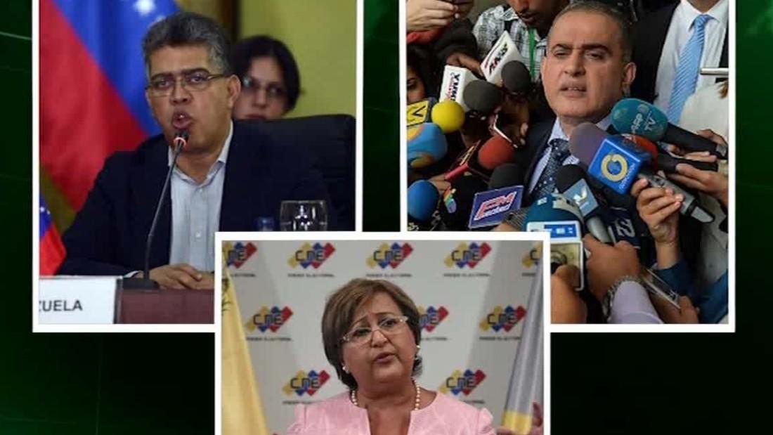 U.S. sanctions 13 Venezuelan officials