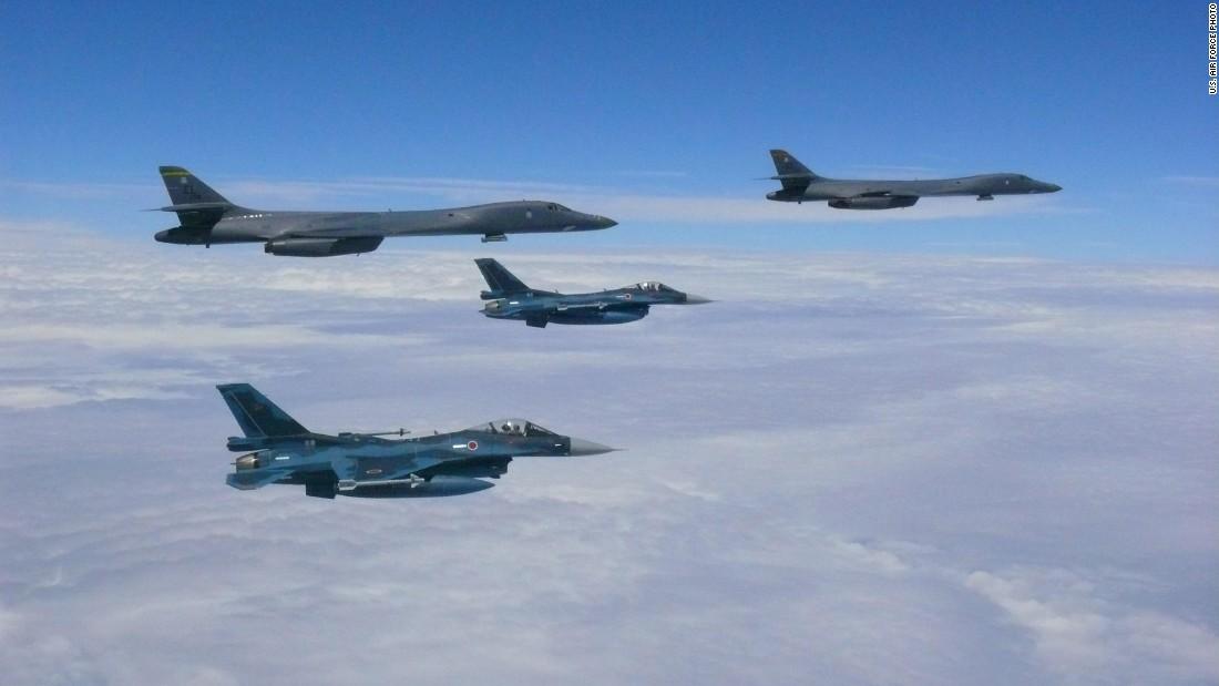 US B-1B bombers fly near North Korean coast