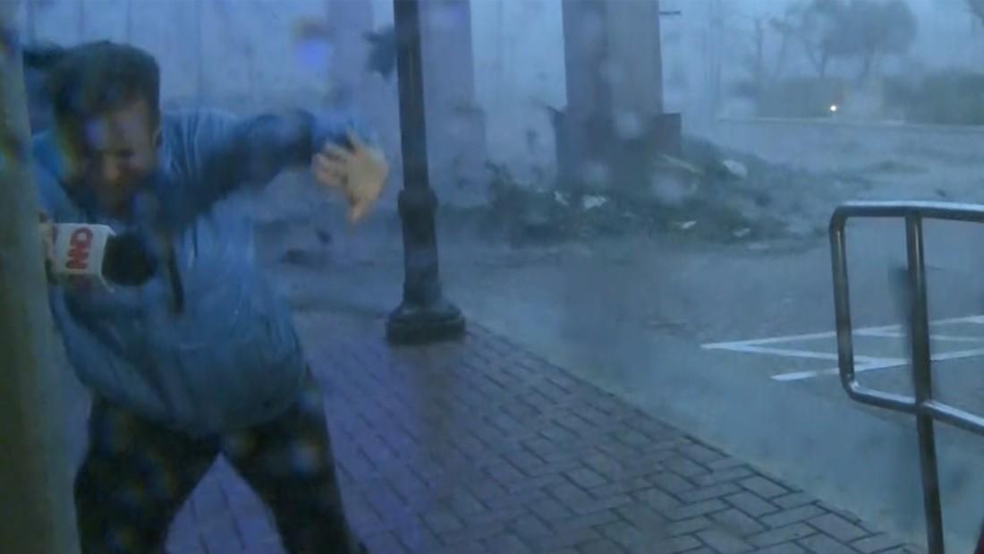 Trees, fences fall as Maria hits Puerto Rico