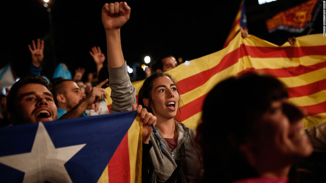 Catalans vote to split from Spain amid violent police crackdown