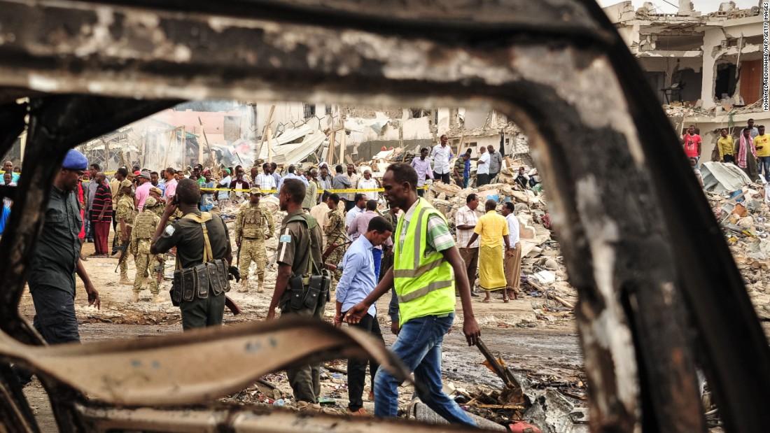 Somalia car bombings kill at least 300 people