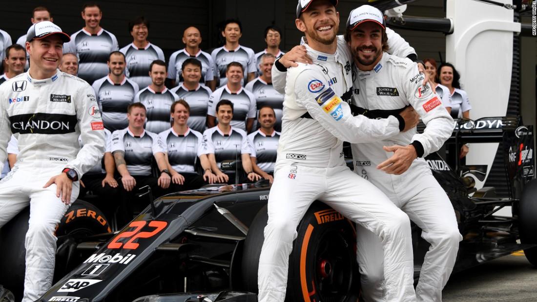 Fernando Alonso and McLaren 'extend partnership'
