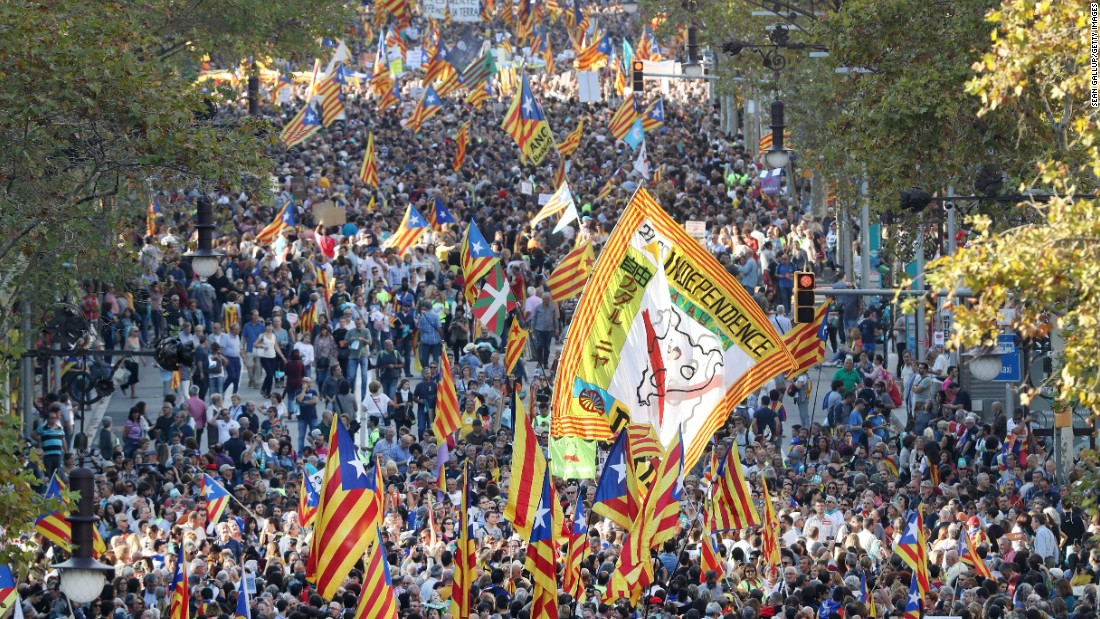 Catalonia crisis: Spanish prime minister wants region's leaders removed