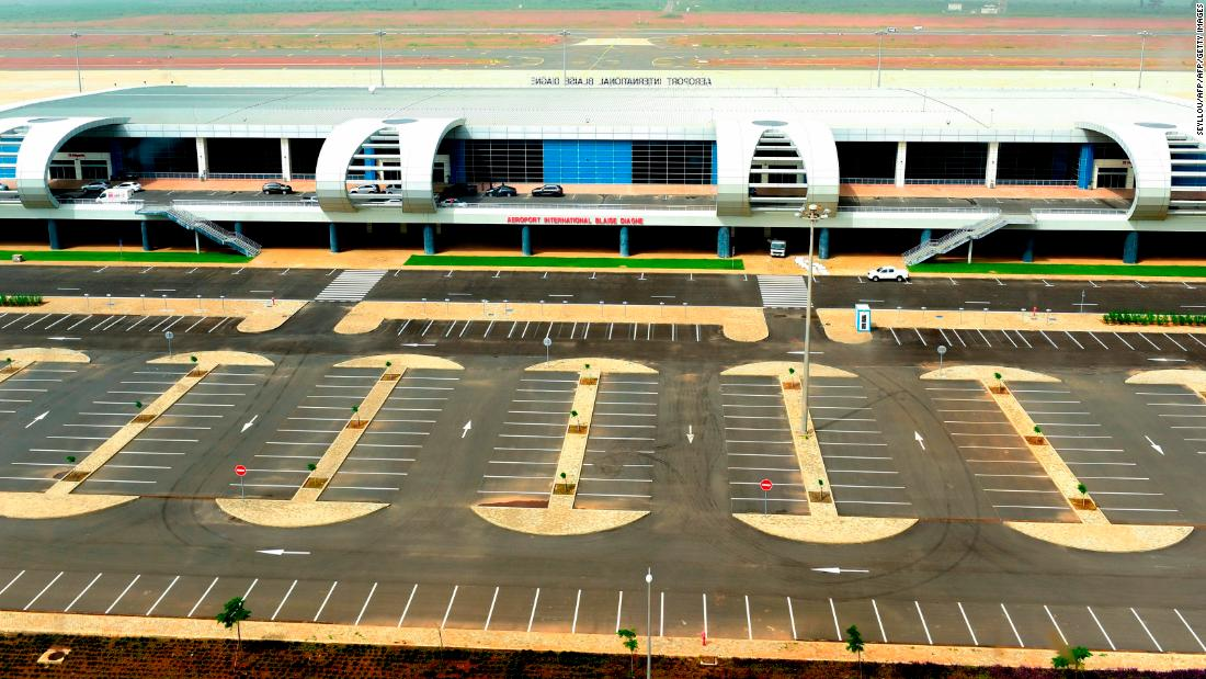 Senegal opens new $575 million airport