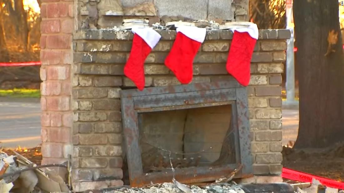 California residents decorate their burned homes