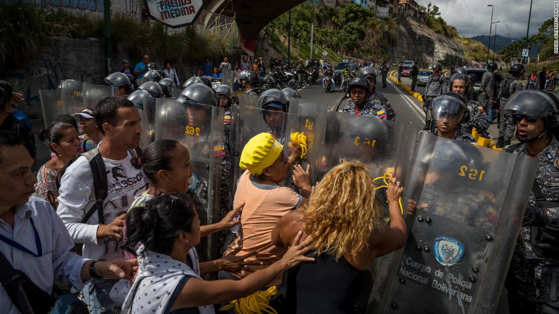 Angry Venezuelans take to streets for 'pork revolution'