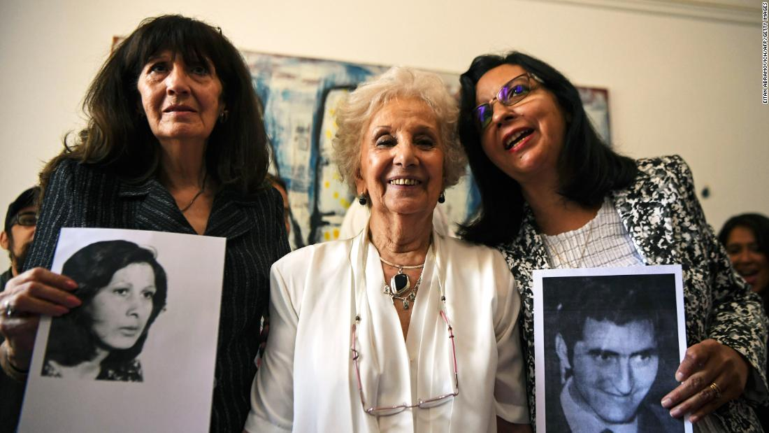 Woman reunited with family 40 years after dictatorship