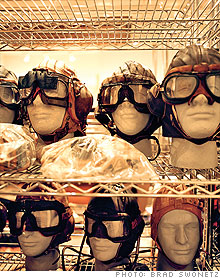 flight_helmets.03.jpg