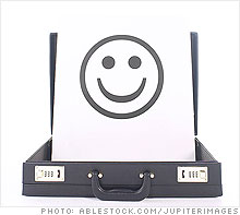 smiley_face_briefcase.ju.03.jpg