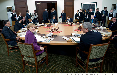 g8_round_table.gi.top.jpg
