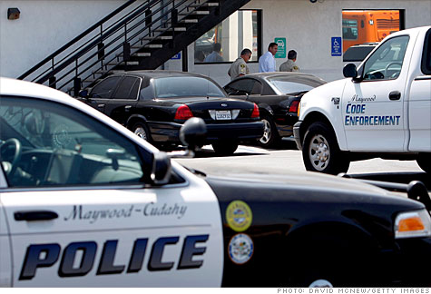 maywood_ca_police.gi.top.jpg