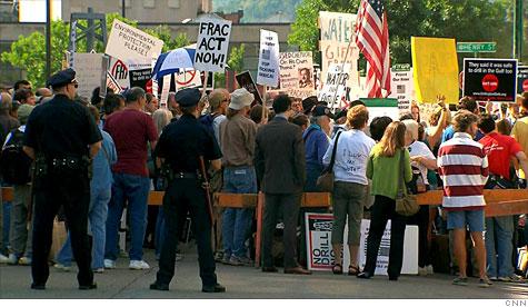 fracking_100913.top.jpg