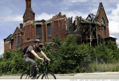 detroit_building.top.jpg