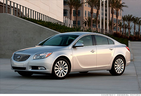 General Motors hopes to spur sales of cars like the new Buick Regal by offering buyers in two states a year of free auto insurance.