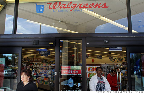Waglreens, the nations largest drugstore chain, may launch a private health insurance exchange this fall, according to people familiar with the matter.