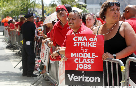 Verizon claims sabotage, calls cops on strikers