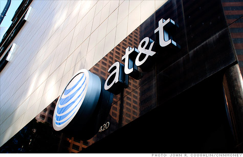 AT&T blasts 'unfair' FCC report on T-Mobile deal