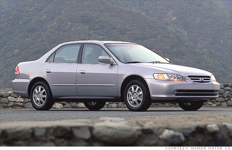 Honda expands recall of cars with risky airbags, which includes the 2002 Honda Accord.