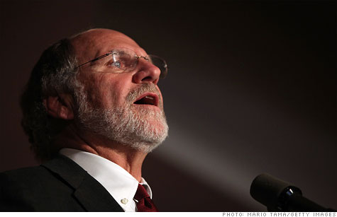 The House Agriculture Committee has voted to compel former MF Global CEO Jon Corzine to testify.