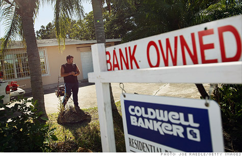 The Obama administration criticized JPMorgan Chase on Wednesday for failing to effectively assist struggling homeowners.