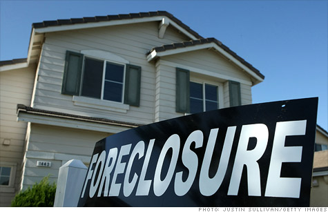 Foreclosure inventory declines 8.4% in 2011