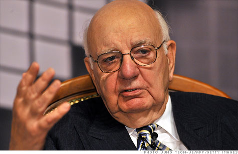 Ex-Fed chairman Volcker echoes criticism about Goldman.