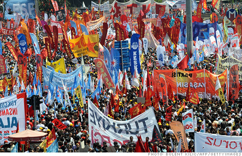 Thousands of protesters gathered in Taksim Square in Istanbul for May Day protests, which have resulted in fatal violence in the past.